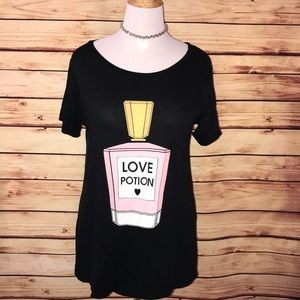 🆕 Wildfox Black Love Potion Perfume Bottle Tee